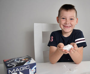 Create your own magical snow, Just Add Water! Create wonderful, realistic and fluffy snow. Adding water will immediately fluff up the snow as it magically transforms to 100 times it's size! Create beautiful snowy scenes.  Perfect for decoration.