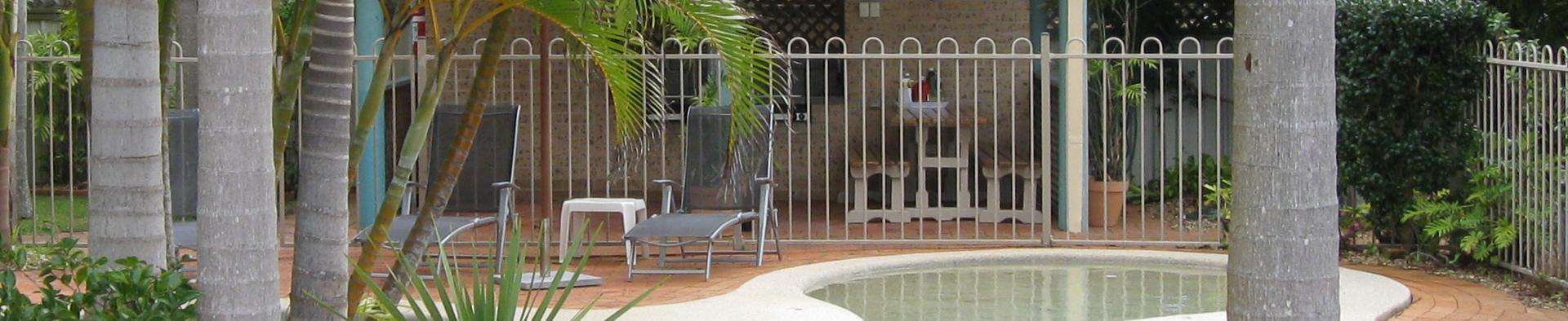 Deco Promo Pool Fencing