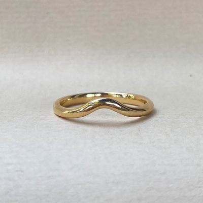 """Wave"" Soft Curve 18ct Yellow Gold Ring Ring JasonRee"