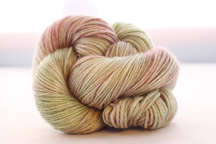 Dream in Color - Classy with Cashmere Worsted - Damp Pillow - Yarning for Ewe - 1