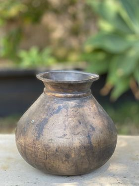 Vintage Indian copper water pot