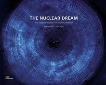 Laden Sie das Bild in den Galerie-Viewer, The Nuclear Dream, english edition