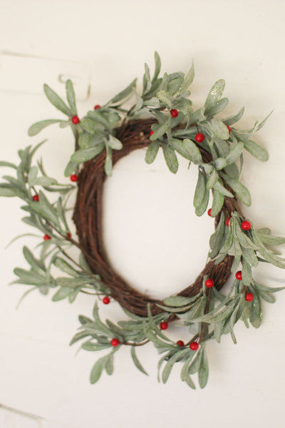 artificial mistletoe wreath