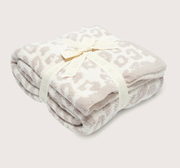 Cozy Chic Leopard Throw