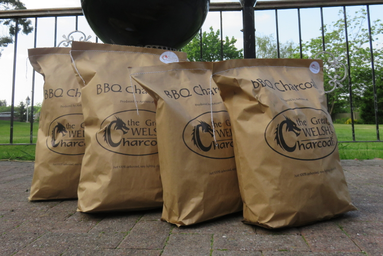 Great Welsh Barbecue Charcoal 4 x 3KG Bags