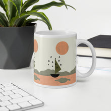 Load image into Gallery viewer, Sun and Boat Mug