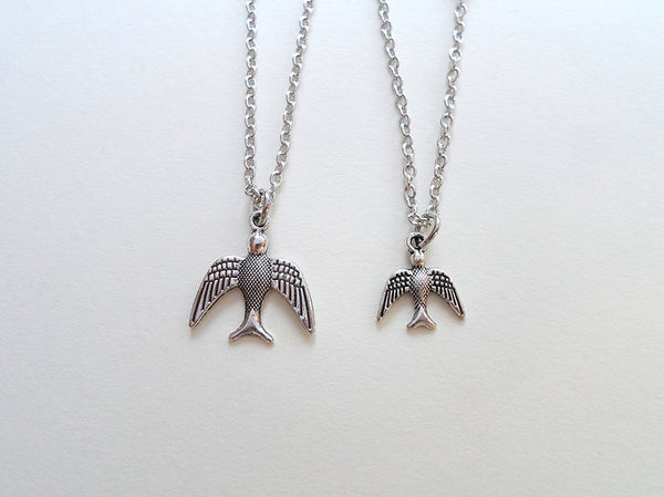 Bird Necklace Set, Mother Daughter Necklace Set, Mommy Bird Necklace