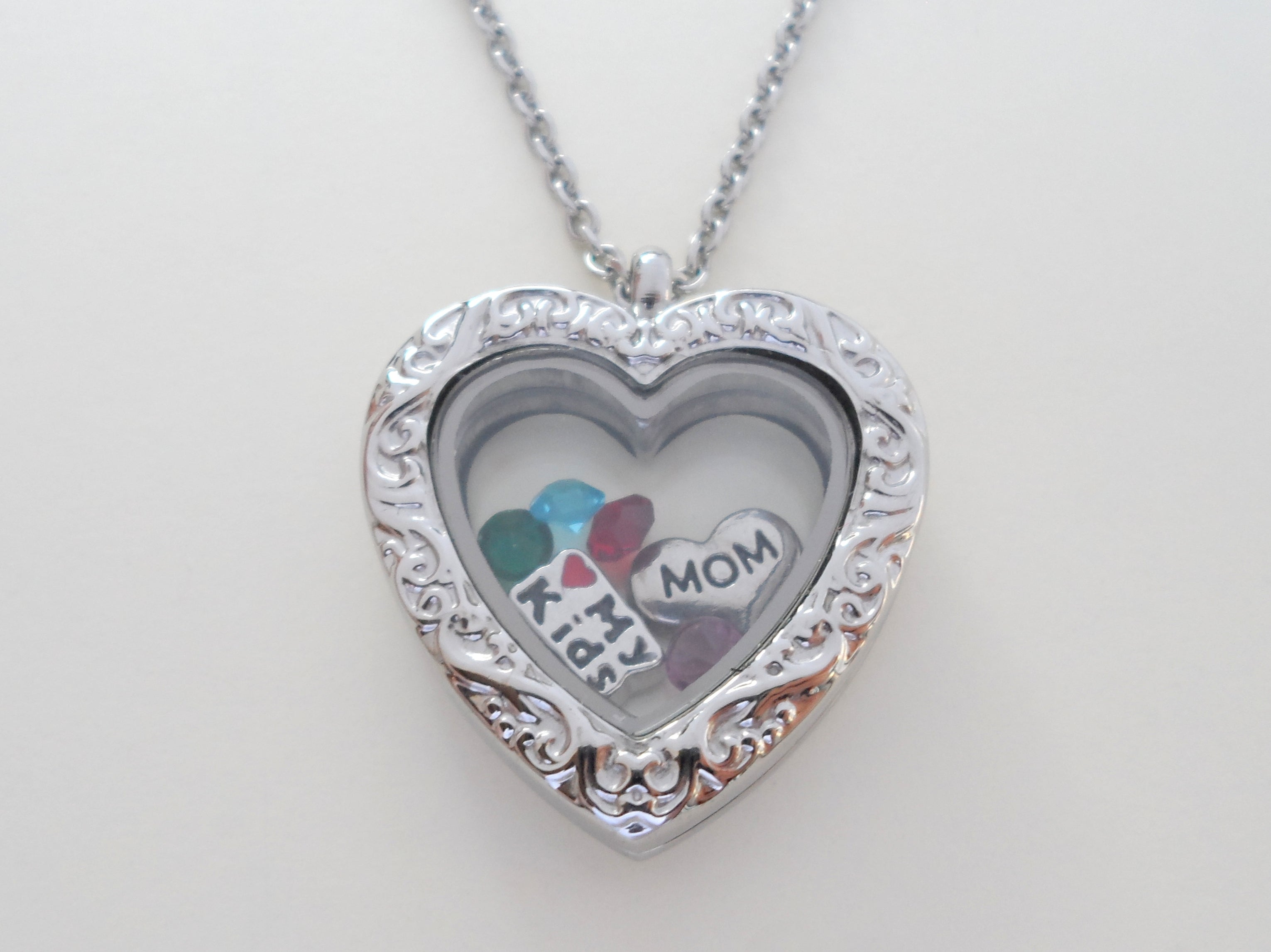 locket silver coloured be colour can with oval flowers lockets grandma sterling personalised