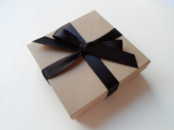 Gift Box With Ribbon Options