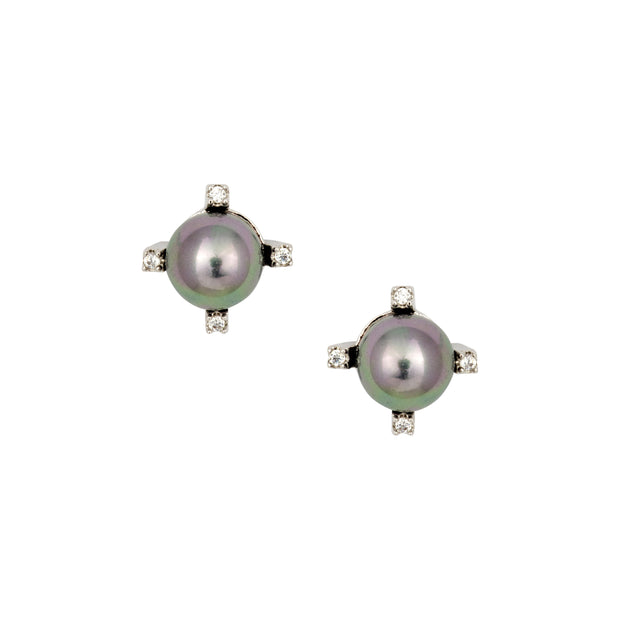 Chic Pearl Stud with Crystal Detail - Love & Lilly