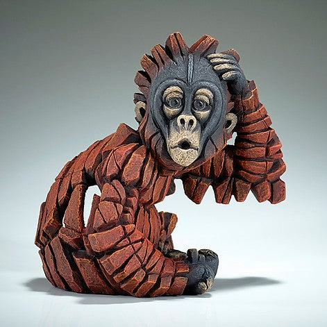 Baby oh! Orangutan figure Edge Sculpture