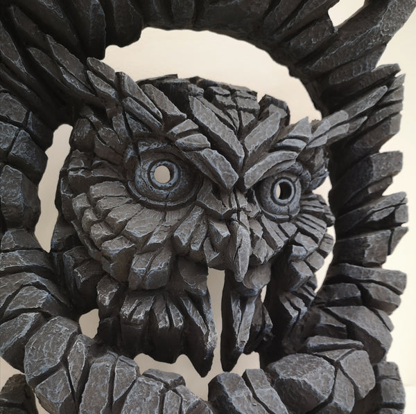 Night watchman Owl bust Edge Sculpture - Midnight