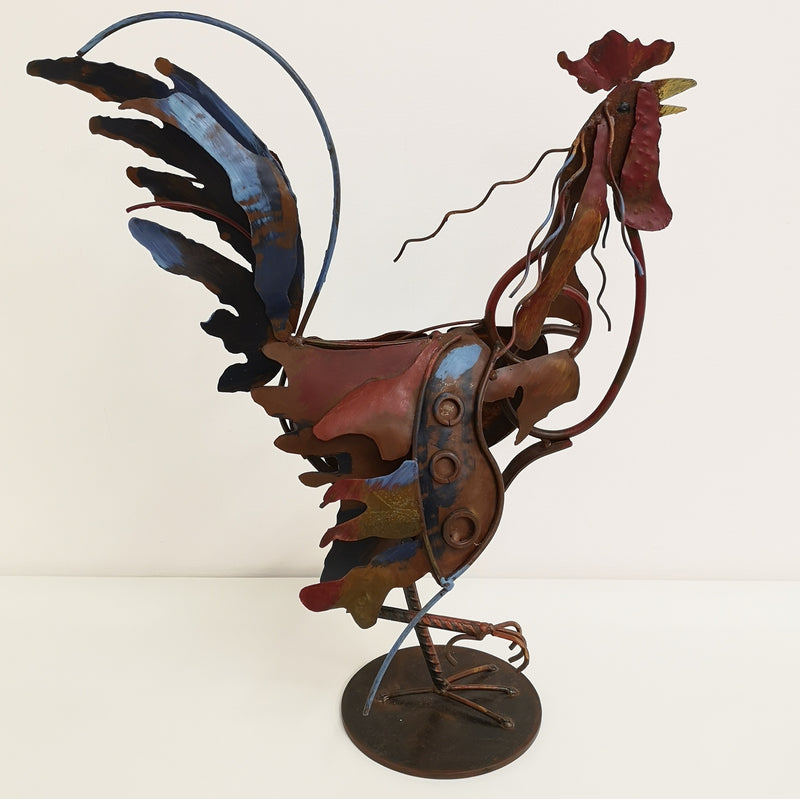 The rooster sculpture