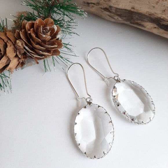 Oval glass earrings