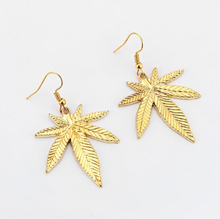 Load image into Gallery viewer, Gold Large Leaf Earrings