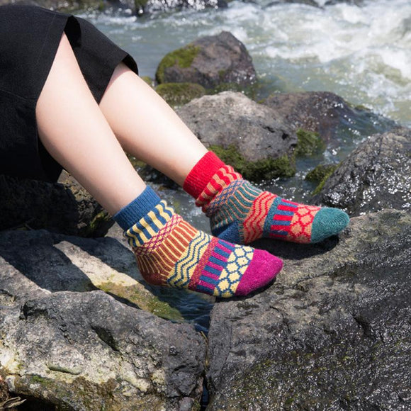 Beautiful Pattern Winter Thermal Socks
