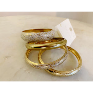 Vintage inspired golden textured bangles by new look