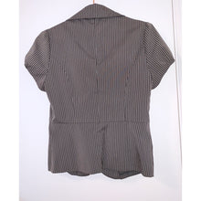 Load image into Gallery viewer, Grey pinstriped short puff sleeved blazer