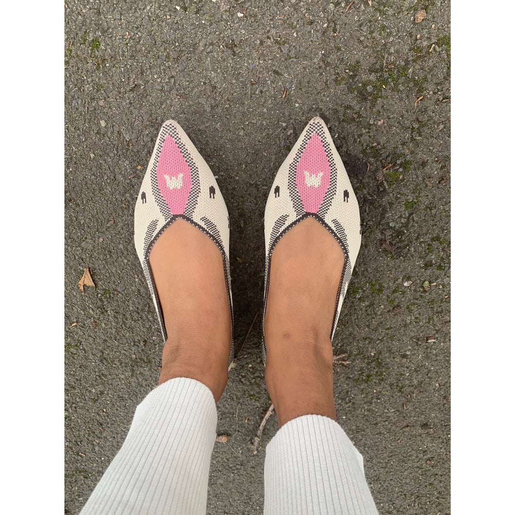 Chic sharp toed loafers