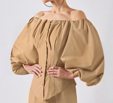 Load image into Gallery viewer, Regal Lantern Sleeved Blouse