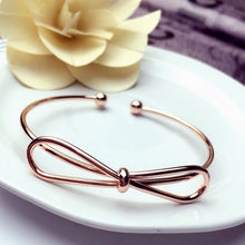 Load image into Gallery viewer, Explosion model metal love knotted bracelet female bracelet opening rose gold hand jewelry women jewelry