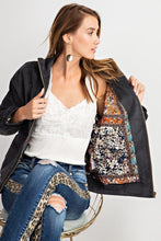 Laden Sie das Bild in den Galerie-Viewer, Retro Look Quilted Soft Corduroy Bomber Jacket - Naughty Smile Fashion