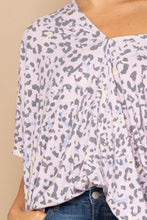 Load image into Gallery viewer, Leopard And Letter Printed Knit Top