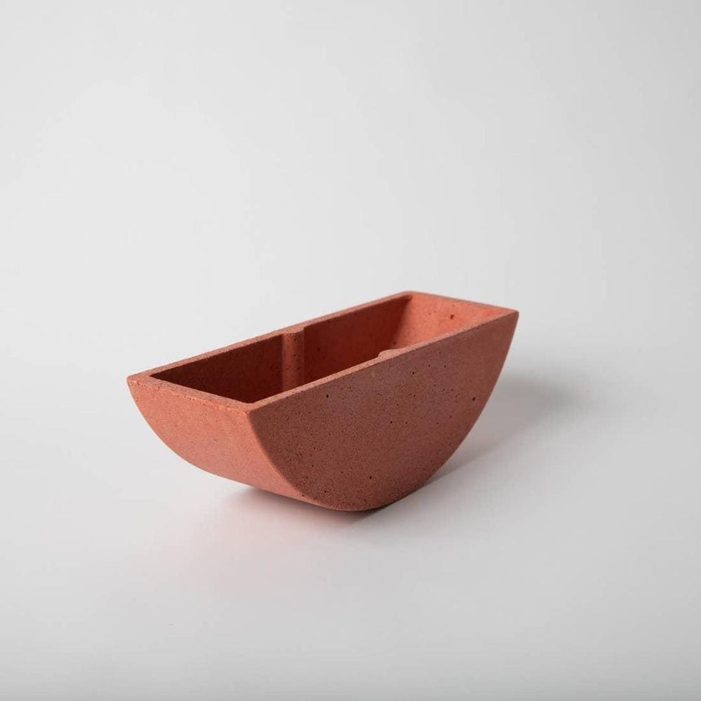Totter planter - Coral