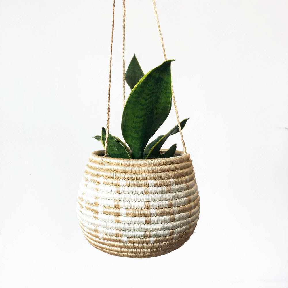 Load image into Gallery viewer, Hanging Woven Planter - Tan/White