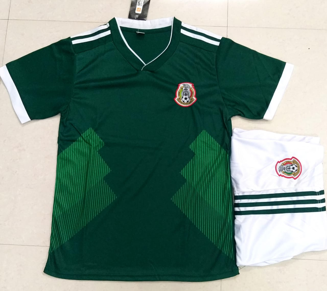 dd3ea59efd8 Mexico Football Jersey FIFA World Cup 2018 replica kit online India ...