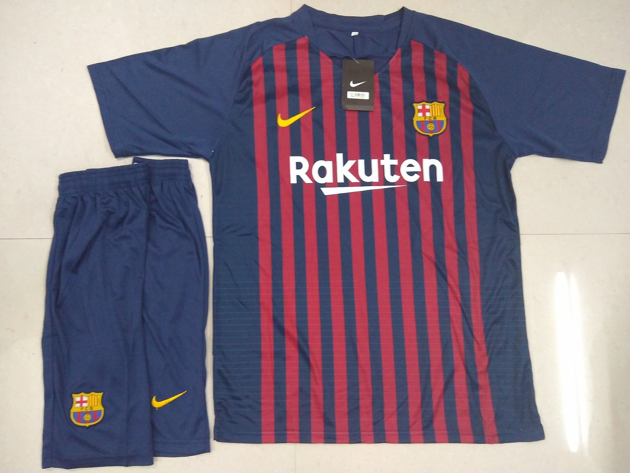 863ae8ffc21 Barcelona Football Jersey New Season 2018-19 kit online India ...