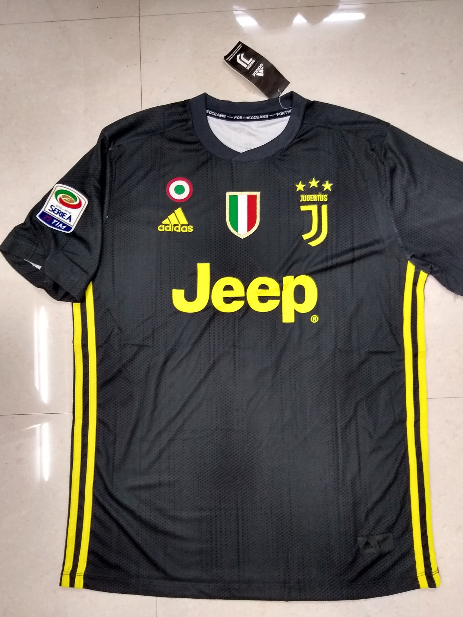 on sale 86678 497cd Juventus Ronaldo Home Football Jersey Season 2018-19 online ...