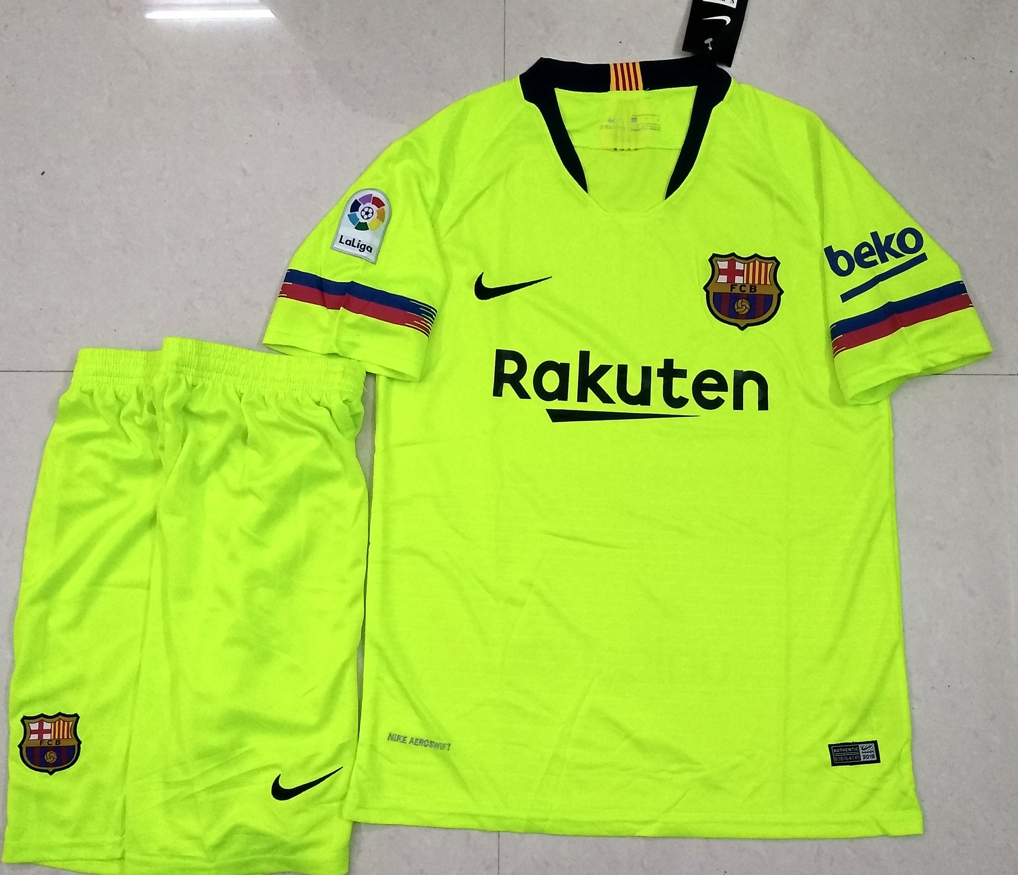 quality design 0eb90 cd209 Original Barcelona Premium Away Jersey & Shorts [Optional] 2018-19