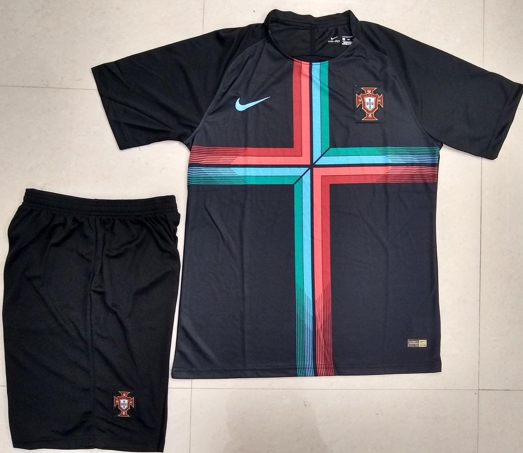 767c32d5e ... Rare Original Portugal Premium Training Jersey   Shorts  Optional  World  Cup 2018 ...