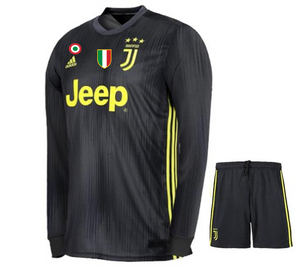 premium selection 5da17 522f8 Juventus 3rd Football Jersey 2018-19 online India Ronaldo ...