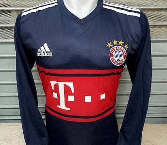 Bayern Munich Away Full Sleeve Football Jersey & Shorts