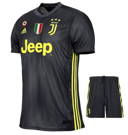 Original Juventus Premium 3rd Jersey and Shorts 2018-19 (With Italia logos)