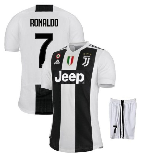 info for b14aa 848ae Original Ronaldo Juventus Premium Home Jersey and Shorts [Optional] 2018-19  (with Italia logos)