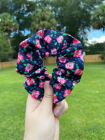 Load image into Gallery viewer, Delicate Floral Scrunchie