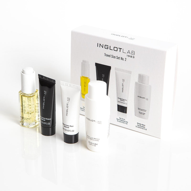 Hydrating and Revitalizing Skin Travel Set