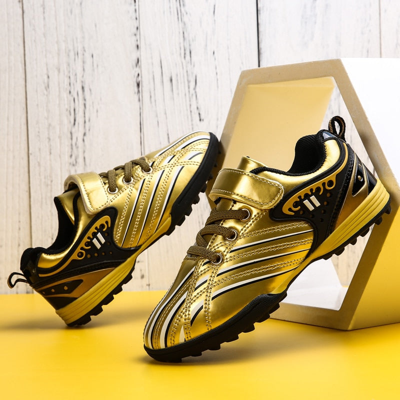 2019 New Men Boys Kids Soccer Shoes Outdoor spikes Football Cleats Soccer Boots Youth Training Sneakers Sports Shoes Size 29-39