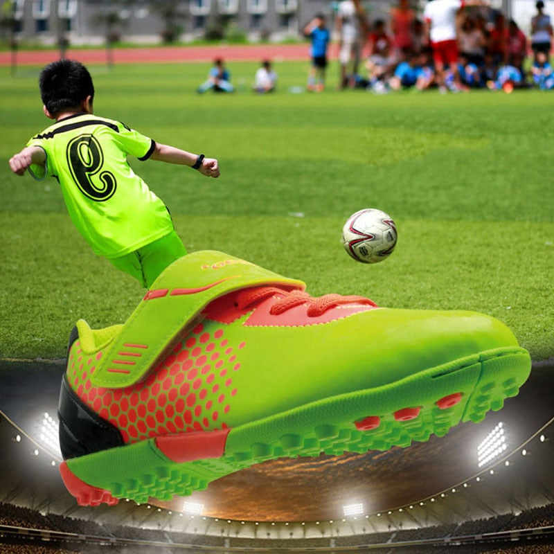 2019 Tiebao Children's Soccer Shoes Professional Football Boots Easy Wear Training Sport Sneakers Zapatos De Futbol 3 Colors
