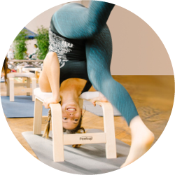 Feetup 174 Yoga Headstand Stool The Easy Way Into Headstand