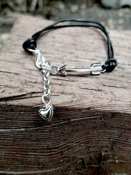 Arrow to the Heart - Bracelet