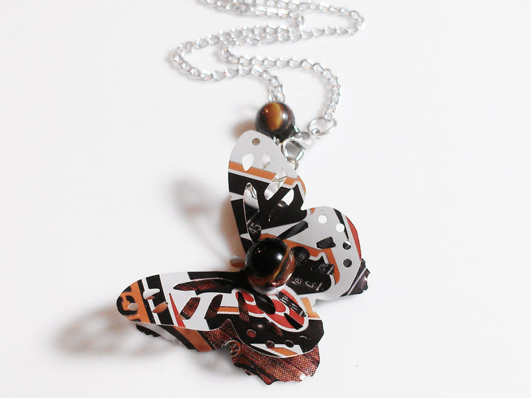 A&W 3D Butterfly Necklace
