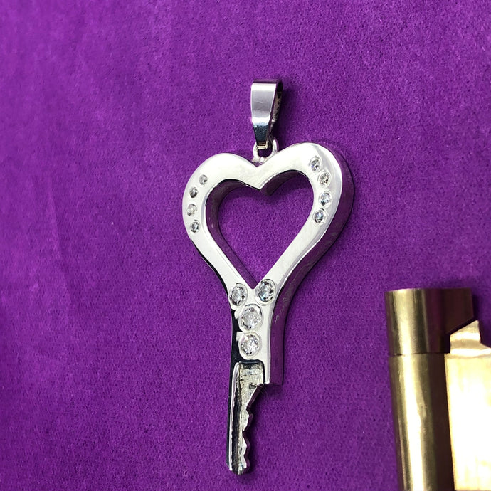 The Open your Heart chastity key with diamonds