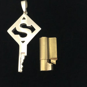 chastity-shop Keys with cylinder lock The Alphabet key with cylinder lock