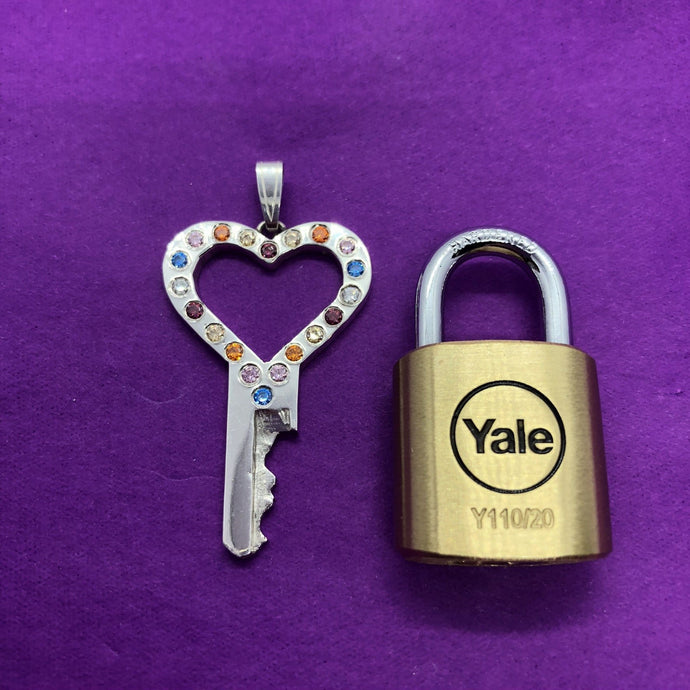 chastity-shop Keys with padlock Colour your Life with padlock