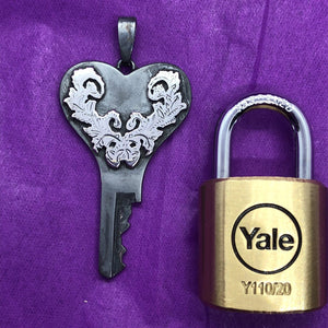 chastity-shop Keys with padlock The Valentine