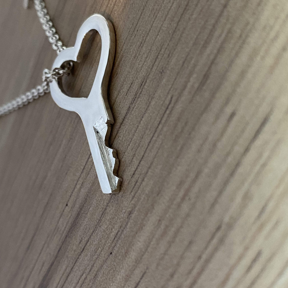 chastity-shop Silver Heart Key with padlock